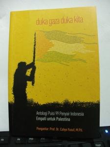 Cover Antologi puisi 99 Penyair Indonesia Empati untuk Palestina: Duka Gaza Duka Kita